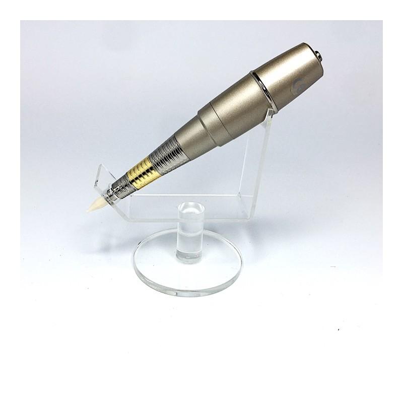 Горизонтальная подставка для машинки ручки пластиковая прозрачная